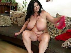 BBW Granny Mature MILF Big Boobs