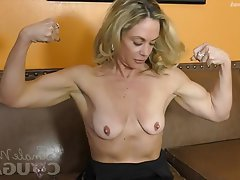 Blonde Masturbation MILF