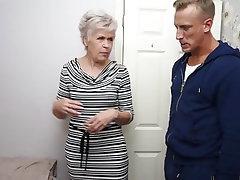 Amateur Mature MILF Teen Granny