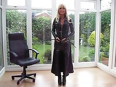 Amateur British MILF Stockings